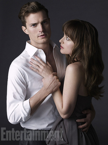 Jamie-Dornan-Dakota-Johnson-image-jamie-dornan-and-dakota-johnson-36187155-375-500
